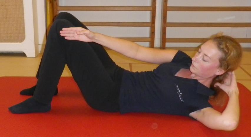 Core stability oefening 6a: Sit-ups voor schuine buikspieren - 1