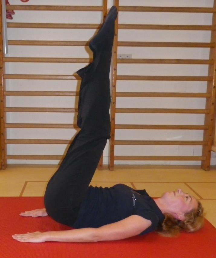 Core stability oefening 8: Omhoog drukken voor onderste buikspieren