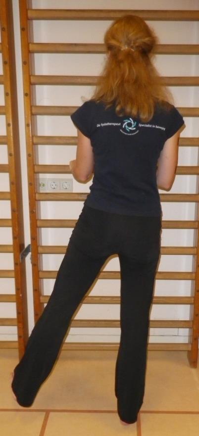 Heup en bekken spierversterkende oefening 2a: Zijwaarts bewegen (abductoren)
