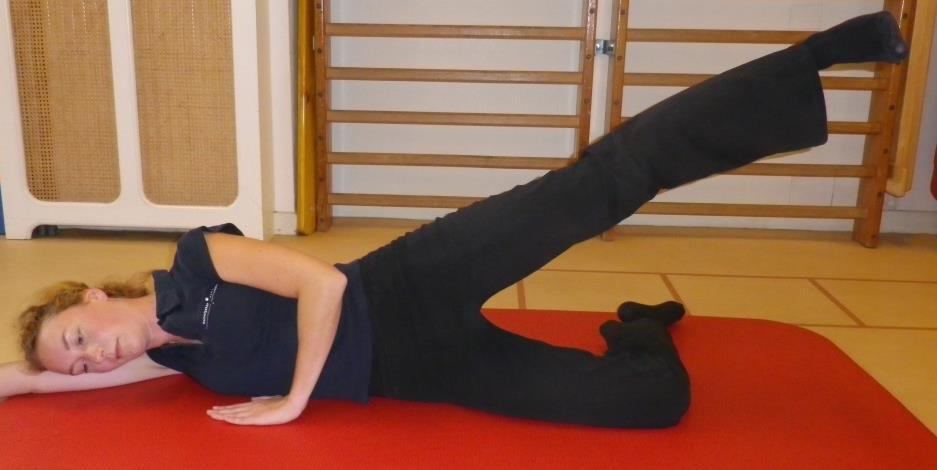 Heup en bekken spierversterkende oefening 2b: Zijwaarts heffen in lig (abductoren) - 2